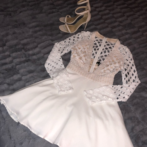 Missguided White Lace Plunge Skater Dress Nwt